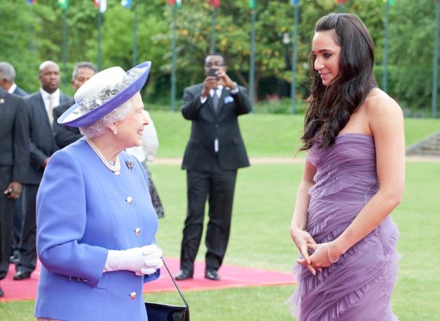 Laura Wright meeting the Queen