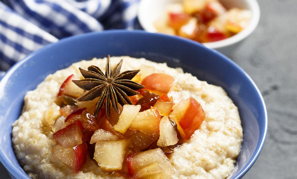 spiced apple oats
