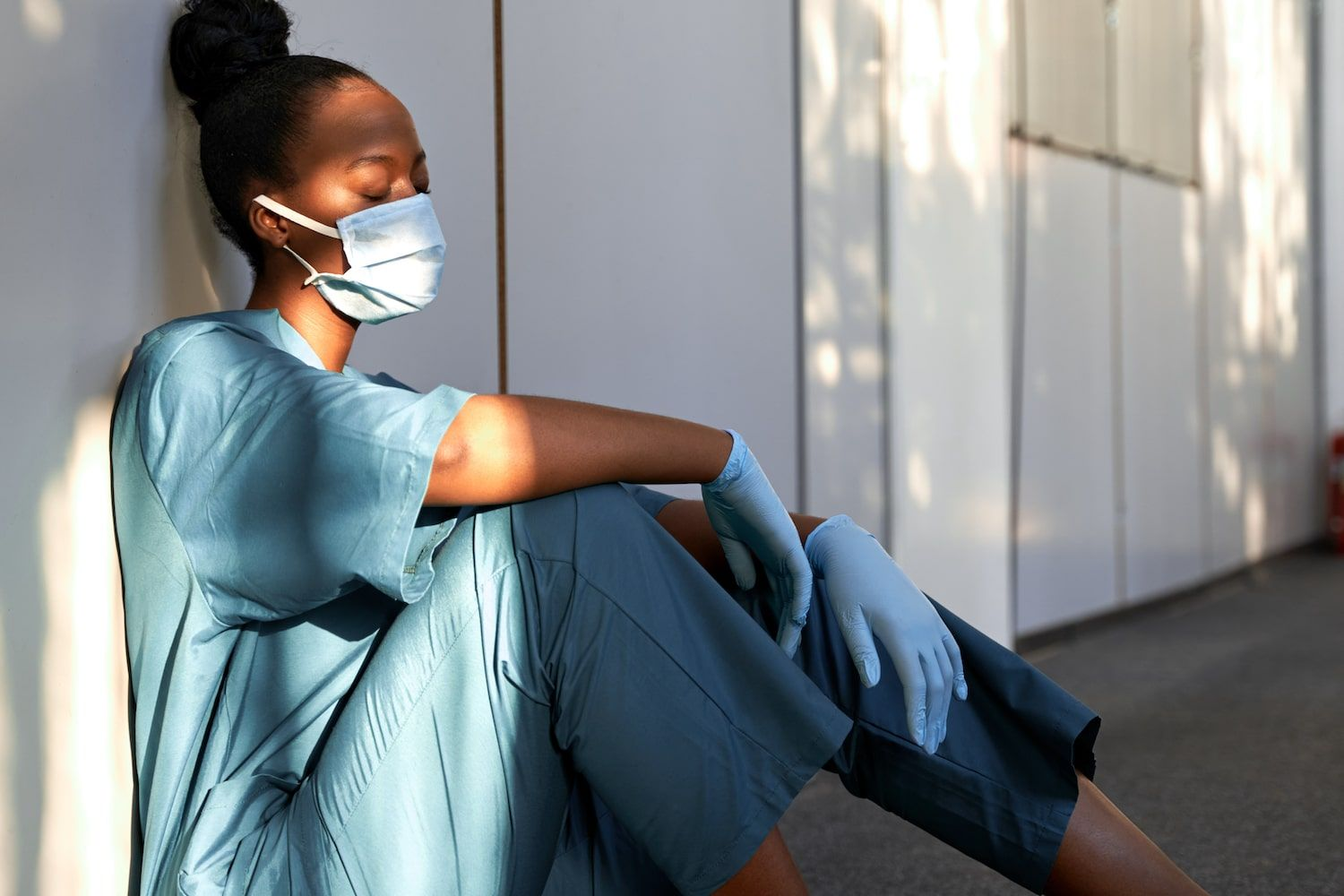NHS staff: Rise in mental health issues and many plan to quit